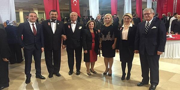 Bursa Valiliği Cumhuriyet Balosuna Yenişehir GİAD'dan katılım