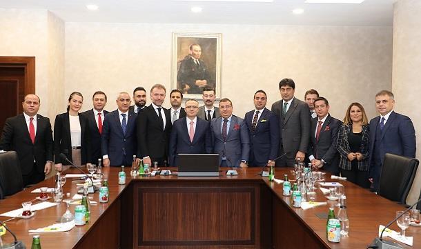 TÜGİK Yönetimi Bakan Naci Ağbal'ı makamında ziyaret etti