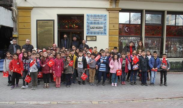 """Bafra GİAD Sosyal Sorumluluk Projesi Kapsamında """"Milli Mücadelemizin 100.Yılı ."""