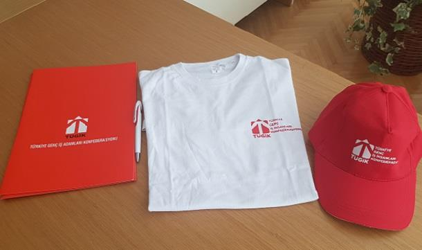 Şanlıurfa Zehra Mesleki ve Teknik Anadolu Lisesi öğrencilerimize giyisi ve Tügik kurumsalları.