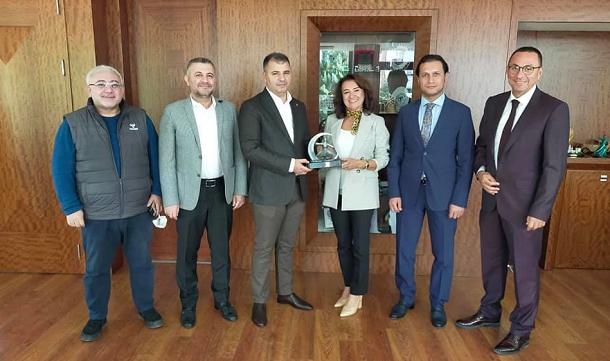 Konyagiad Başkanı Korkmaz'dan tebrik ziyareti.